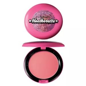 MAC x Heatherette alpha girl beauty powder